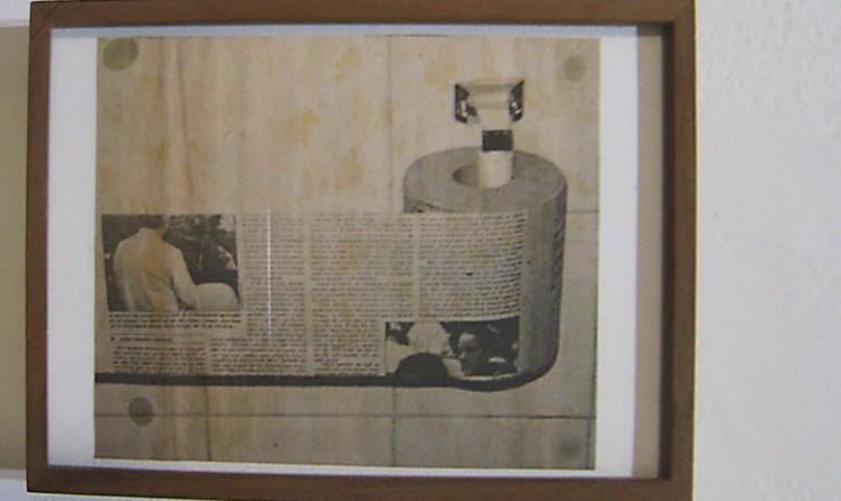 Wilfredo Prieto. Sin título (2014)  Papel periódico, 16,5 x 10 cm