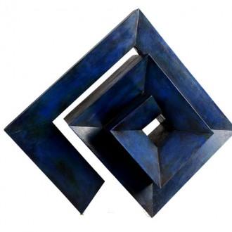 José Villa: una expresión geométrica con acento íntimo