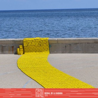 Carlos Nicanor exhibits at the Malecon
