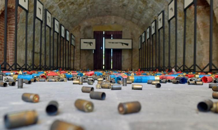 Las-armas-no-matan,-12-Bienal-Habana,-2015-(5)